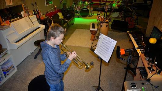 a-News-2016-trompetenunterricht-muenster-  Videos a News 2016 trompetenunterricht muenster 2